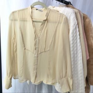 ✸3 for $30✸ BANANA REPUBLIC/ silk blouse